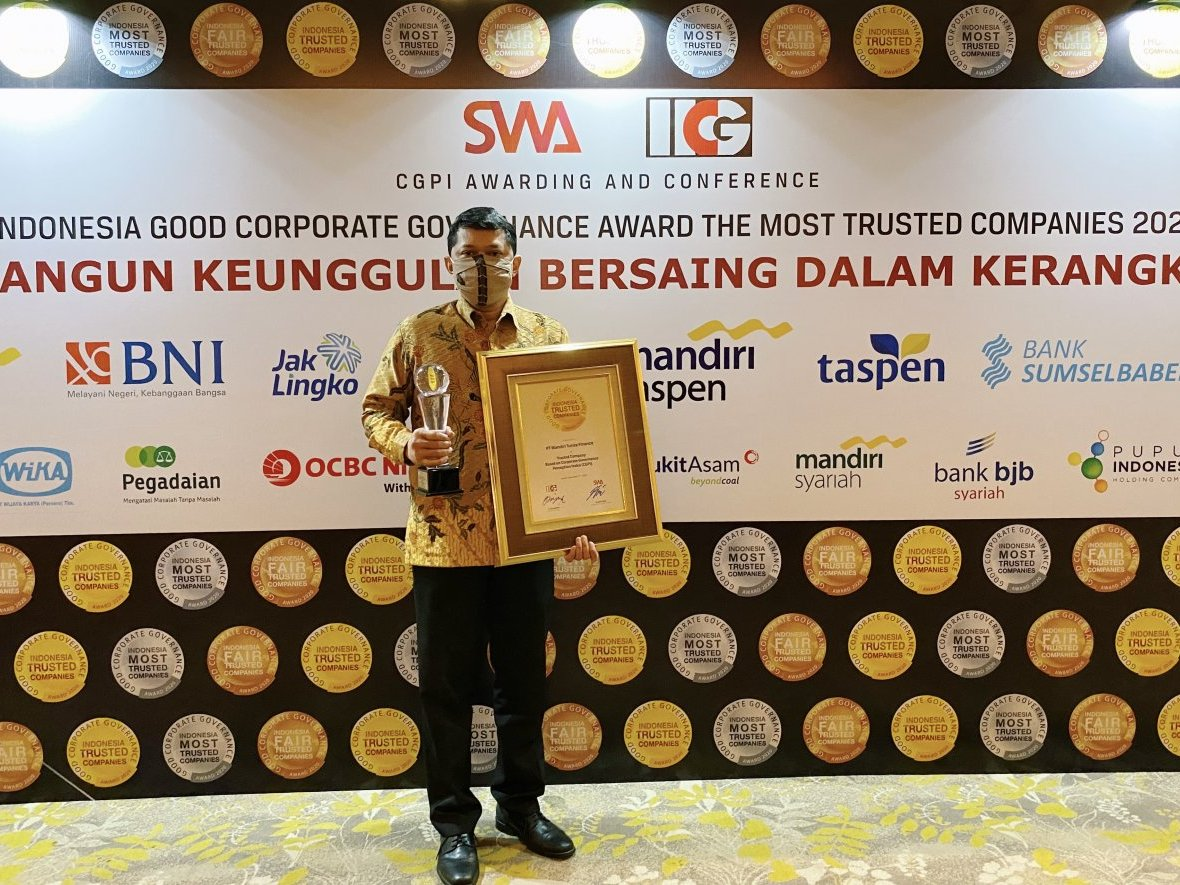 MTF Raih the Most Trusted Company Award 2020